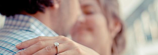 Número do anel: como descobrir qual é o dela?