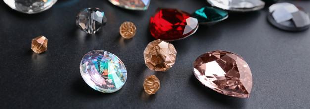Pedras preciosas e semipreciosas: saiba o que são e quais as diferenças entre elas